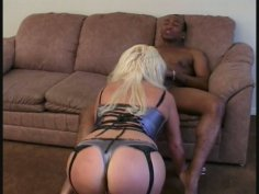 Mature whore Dana Hayes poked by black meety shlong