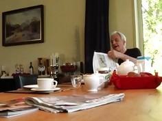 Ukrainian teen amateur Minnie Manga gobbles breakfast with John and